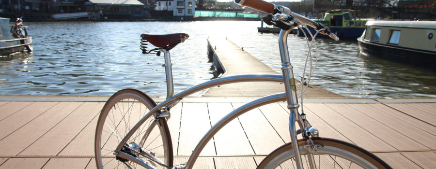 Sky, ocean and bicycle, it is time to cycling